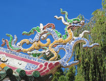 Mosaisk drake på taket Royaltyfri Fotografi