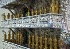Mosaisk pagod Lin Phuoc i staden av Dalat Vietnam, en buddistisk tempel delningar royaltyfri fotografi