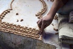 Mosaisk produktion i Marocko royaltyfri foto