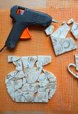 Mosaiska tegelplattor med slagträet arkivbild