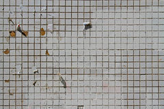 Mosaiska tegelplattor på fasaden av ett hus Arkivfoton