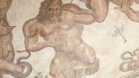 Mosaiskt fragment Roman Villa Romana del Casale, Sicilien, effekt för UNESCOvärldsarvKen brännskador arkivfilmer