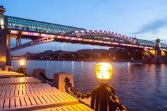 moscú Arco del puente de Pushkin a través del río de Moscú Fotografía de archivo libre de regalías