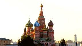 MOSCÚ, CUADRADO ROJO, catedral de Basil's del santo Imágenes de archivo libres de regalías