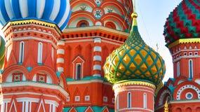 MOSCÚ, CUADRADO ROJO, catedral de Basil's del santo Imagen de archivo libre de regalías