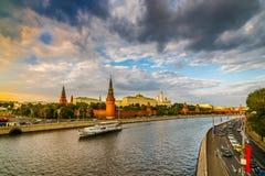 Moscú el Kremlin en la puesta del sol - 1 Imagen de archivo libre de regalías