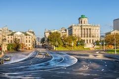 Moscú en las curvas y las líneas imagenes de archivo