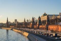 Moscú kremlin en la puesta del sol Fotos de archivo libres de regalías
