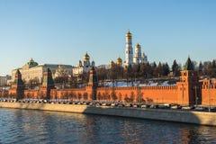 Moscú kremlin en la puesta del sol Foto de archivo libre de regalías