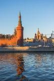 Moscú kremlin en la puesta del sol Fotos de archivo