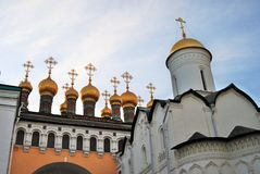 Moscú Kremlin Fondo del cielo azul Imágenes de archivo libres de regalías