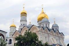 Moscú Kremlin Ivan la gran iglesia del campanario y de los arcángeles Imagen de archivo libre de regalías