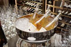 Moscú, Rusia - 25 de enero de 2018 - Vigneto San Vito Orsi wines Fotos de archivo libres de regalías