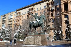 Moscú, Rusia - 14 de febrero de 2019: Monumento al héroe de la guerra patriótica de 1812 a general Bagration imagen de archivo