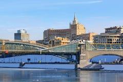 Moscú, Rusia - 14 de febrero de 2019: Una arquitectura tan diferente de Moscú fotografía de archivo