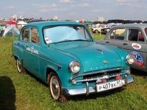 MOSCÚ, RUSIA - 15 de julio de 2008: lleve en taxi el ` de Moskvich del ` - 407, ` soviético de Autoexotic del ` de la exposición  imagen de archivo libre de regalías