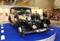 MOSCÚ, RUSIA - 9 DE MARZO: Automóvil retro Horch 830Bk 1935 en t Foto de archivo