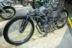 Moscú, Rusia - 17 de marzo de 2018: La sala de exposiciones del motocycle también conocida como Motovesna Imagenes de archivo