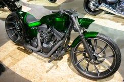Moscú, Rusia - 17 de marzo de 2018: La sala de exposiciones del motocycle también conocida como Motovesna Imágenes de archivo libres de regalías