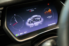 MOSCÚ, RUSIA - 23 DE NOVIEMBRE DE 2016: Interior de la cabina el Tesla Foto de archivo