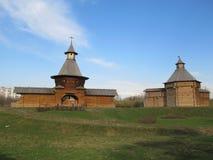 Moscú. Señorío Kolomenskoe. Las torres Fotos de archivo libres de regalías