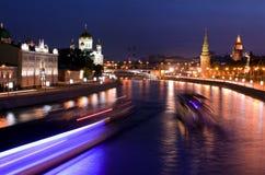 Mosca alla notte fotografie stock