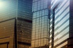 Mosca - costruzioni del centro di affari della città fondo di doppia esposizione per il concetto di finanza e di affari fotografie stock libere da diritti