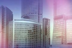 Mosca - costruzioni del centro di affari della città fondo di doppia esposizione per il concetto di finanza e di affari fotografie stock