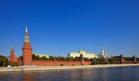Mosca Kremlin e fiume di Moskva Immagini Stock Libere da Diritti