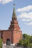 Mosca, Kremlin, torretta di Borovitskaya Fotografia Stock