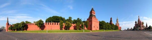 Mosca. La zona rossa. Tempiale del Vasily benedetto. Il Kremlin. Fotografia Stock Libera da Diritti