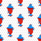 mosca modello senza cuciture di vettore con i simboli russi Illustrazione grafica di schiocco moderno con la samovar Royalty Illustrazione gratis