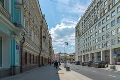Mosca, Russia - 2 giugno 2016 Via di Myasnitskaya - via nel centro storico di una città Fotografia Stock Libera da Diritti