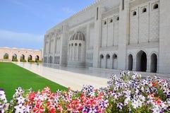 Moscatel, Omán - mezquita magnífica de Qaboos del sultán imagen de archivo