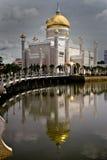 Moschea dell'Omar Ali Saifuddin Immagini Stock