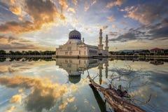 Moschea della città del Kota Kinabalu fotografie stock