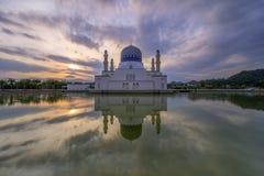 Moschea della città del Kota Kinabalu immagini stock libere da diritti