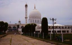 Moschea di Dargah a Srinagar Kashmir, India immagini stock libere da diritti