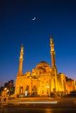 Moschea di Noor di Al in Sharjah alla notte Fotografie Stock Libere da Diritti
