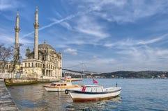 Moschea di Ortakoy a Costantinopoli Fotografie Stock Libere da Diritti