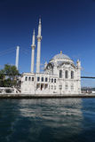 Moschea di Ortakoy a Costantinopoli Immagini Stock