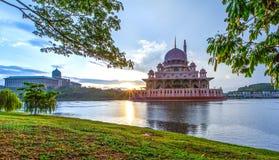 Moschea di Putra, Putrajaya, Malesia II Fotografia Stock