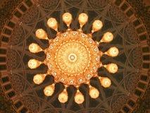 Moschea di Qaboos del sultano grande, interiore, cupola fotografia stock
