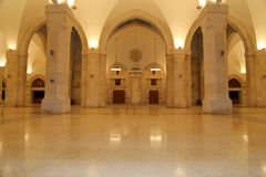 Moschea di re Hussein Bin Talal a Amman (alla notte), Giordania Immagini Stock Libere da Diritti
