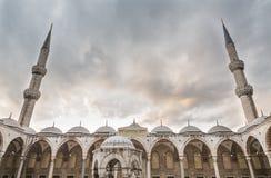 Moschea di Suleymaniye e cielo nuvoloso a Costantinopoli Fotografia Stock