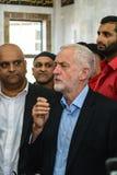 Moschea di visita di Jeremy Corbyn Fotografia Stock