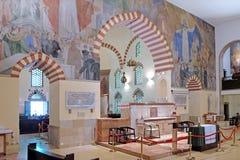 Moschea Qazim e chiesa cattolica a Pecs Ungheria Immagine Stock Libera da Diritti