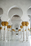 Moschee Hall in Abu Dhabi Stockbild