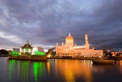 Moschee Omar-Ali Saifuddien stockbild