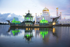 Moschee Sultanomar-Ali Saifuddien, Brunei Stockfotos